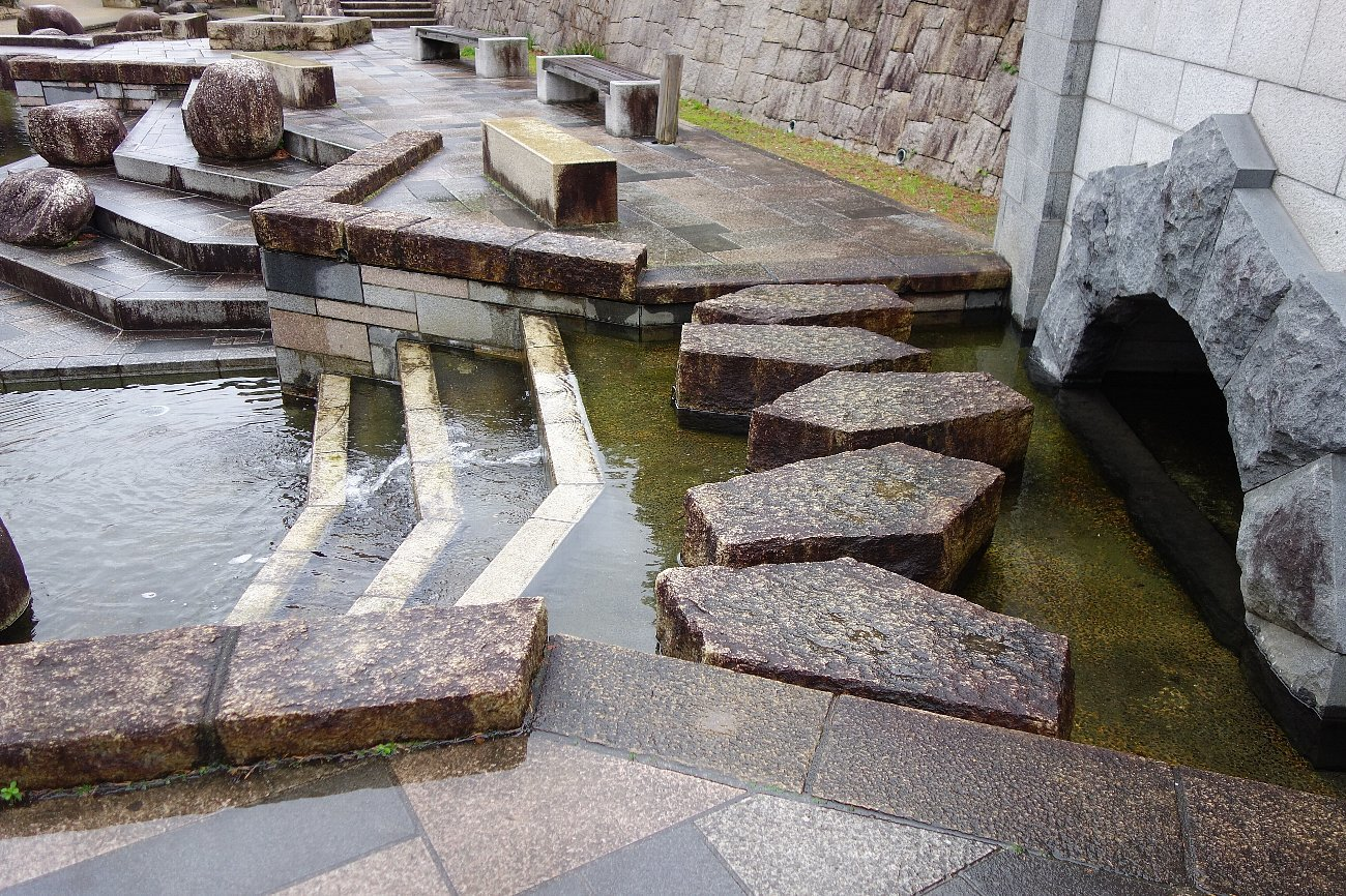 枚方市 水面廻廊_c0112559_09365191.jpg