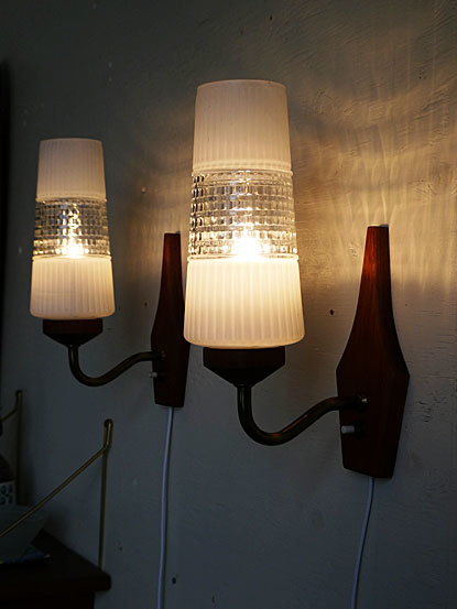 Teak Wall Lamp_c0139773_16195351.jpg
