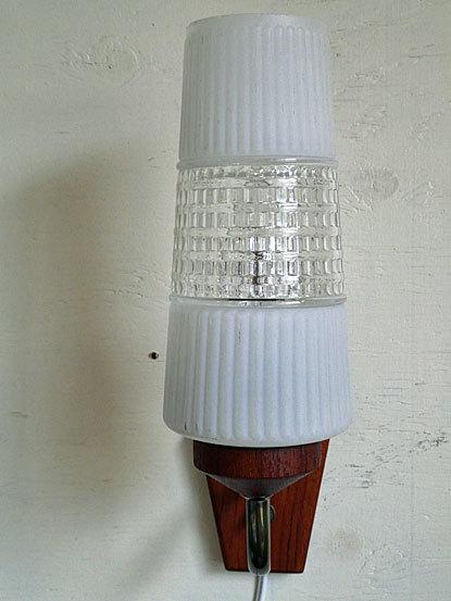 Teak Wall Lamp_c0139773_16213981.jpg
