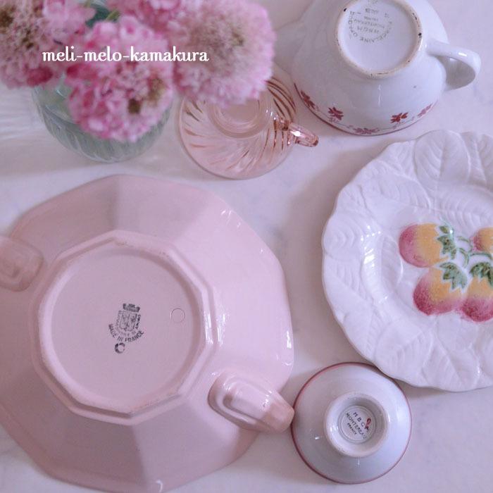 ◆フランスアンティーク*元気になれそうなピンクのアイテムたち_f0251032_08250074.jpg