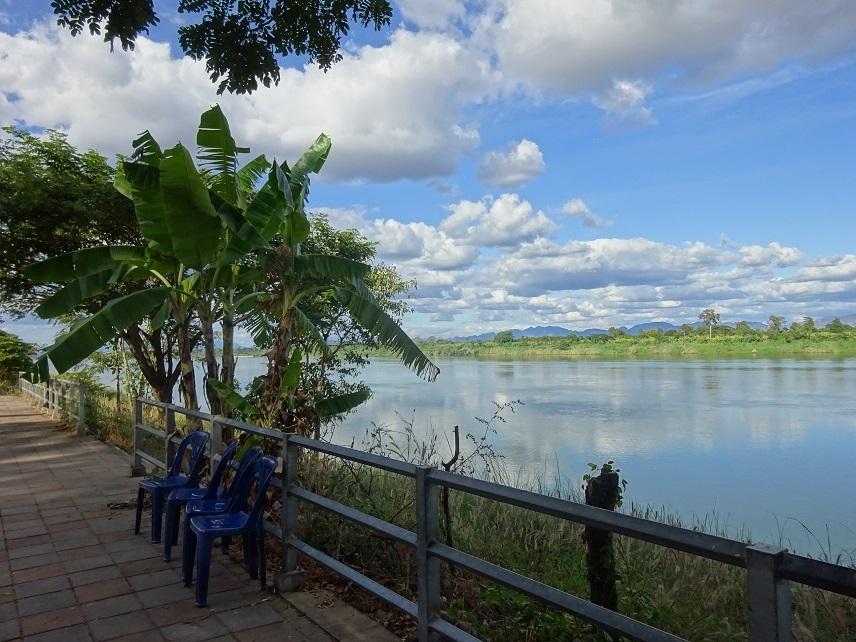 タイの田舎で年末年始 その3_e0401354_23384917.jpg