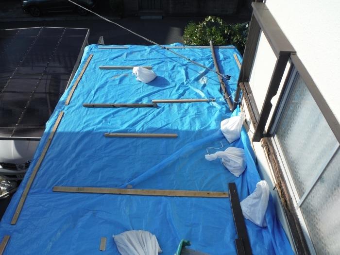 駐車場、屋根、玄関、室内 ~ 工事開始前に台風被害です。_d0165368_03351660.jpg