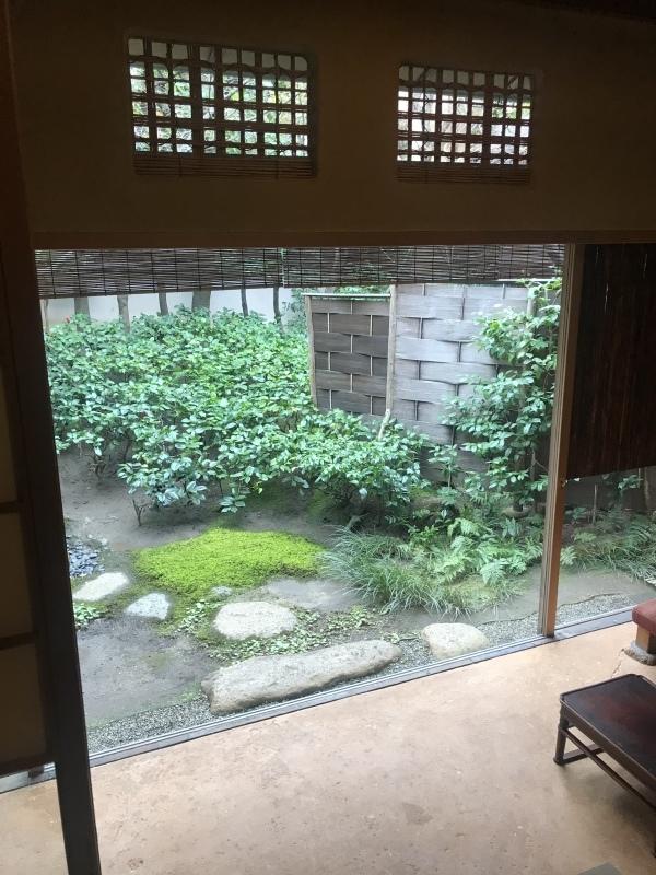 俵屋旅館(京都)_c0366777_00110762.jpeg
