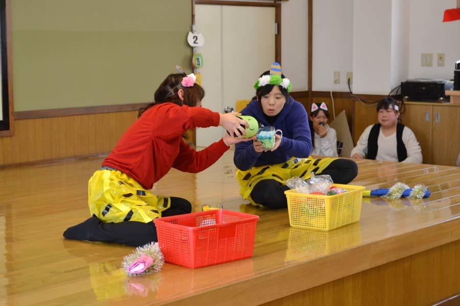 第二幼稚園の「お誕生会」_d0353789_09424259.jpg