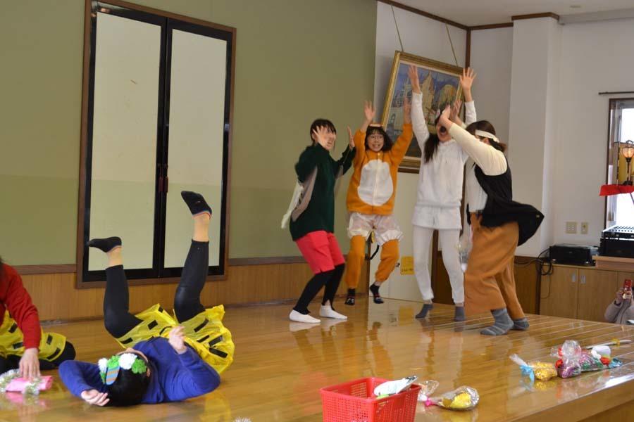 第二幼稚園の「お誕生会」_d0353789_09425778.jpg