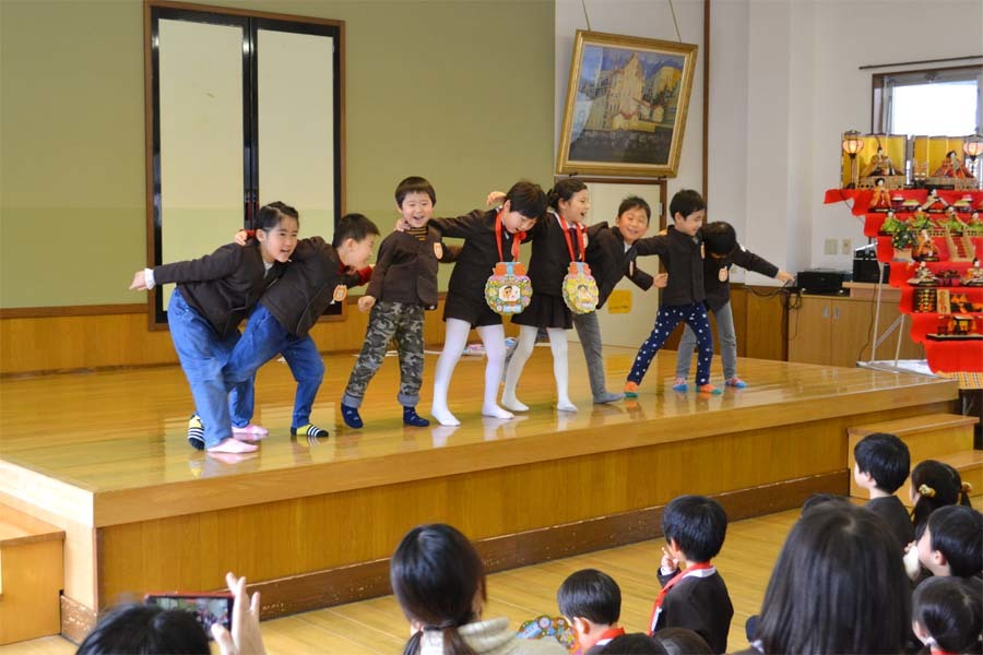 第二幼稚園の「お誕生会」_d0353789_09430441.jpg