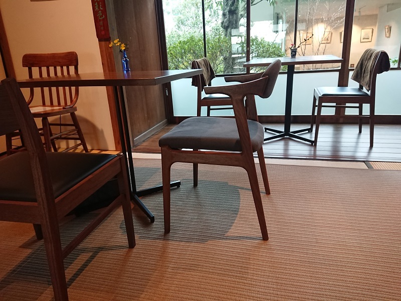cobaco様で椅子展2が始まりました_f0271898_09112801.jpg