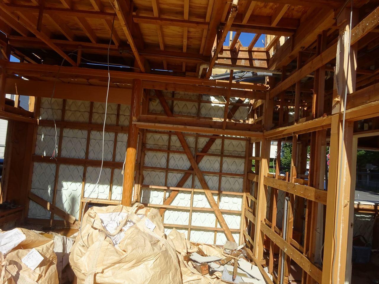 青山の家 建て替え工事 着工です!_f0105112_04220036.jpg
