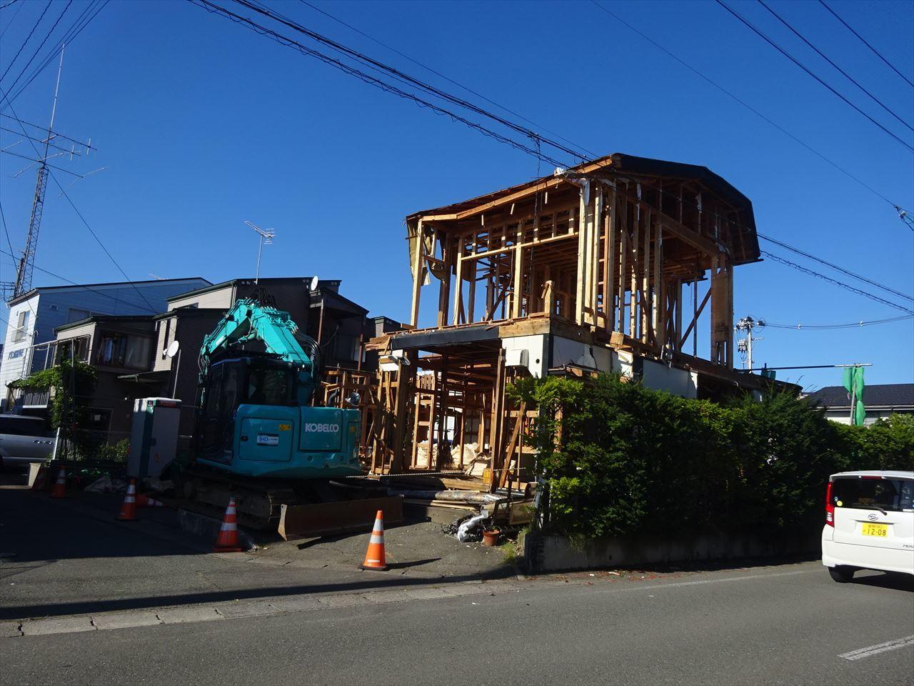 青山の家 建て替え工事 着工です!_f0105112_04220081.jpg