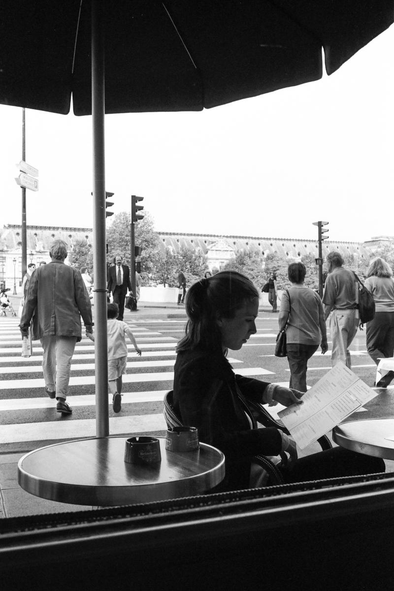 【大陸横断2000その37】パリ  世界の下町をモノクロで_b0061717_01214989.jpg