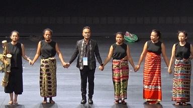 インタビュー:インドネシアの舞踊家・ Eko Supriyanto 『イブイブ・ベル―:国境の身体』TPAM 2020@NHK World「Direct Talk 3/5 3/6_a0054926_18205841.jpg