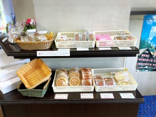 スイス菓子 一華堂_e0292546_14575312.jpg