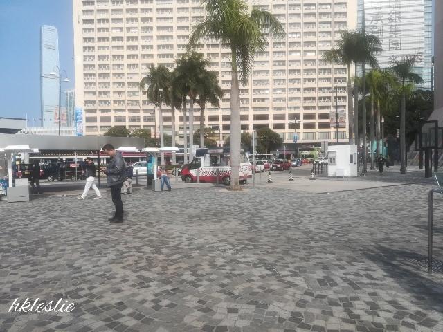 尖沙咀碼頭へ_b0248150_05451613.jpg