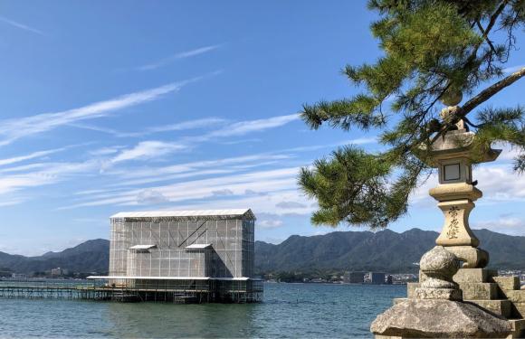 宮島大鳥居 70年ぶりの大修理:観光への影響_d0085254_23361243.jpg