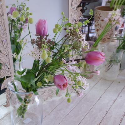 オークリーフ花の教室(甘艸さんと大草さんの作品)_f0049672_18432781.jpg