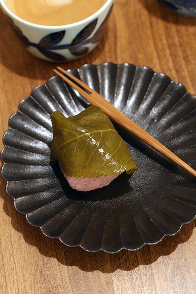 三月弥生 桜餅_e0137277_17353715.jpg