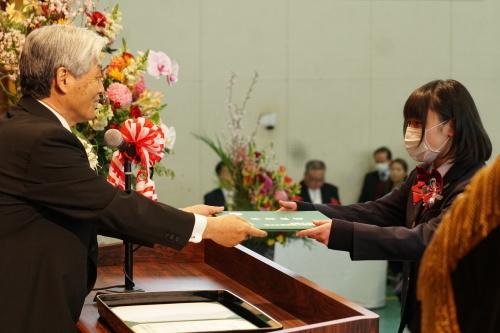 令和元年度 第61回卒業証書授与式_f0327389_12161440.jpg