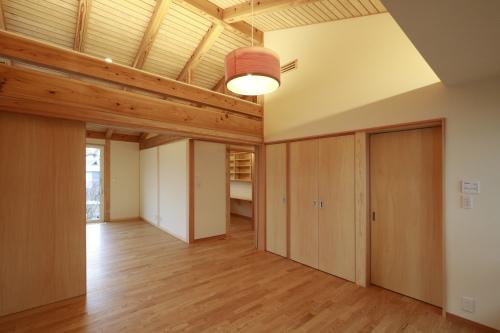 Q1住宅L2二ツ井:客間、寝室、書斎_e0054299_13420009.jpg