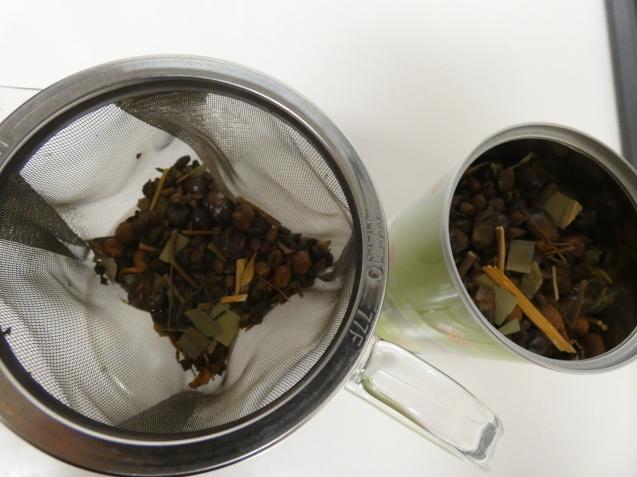 香能茶 / koba_d0135801_22284673.jpg