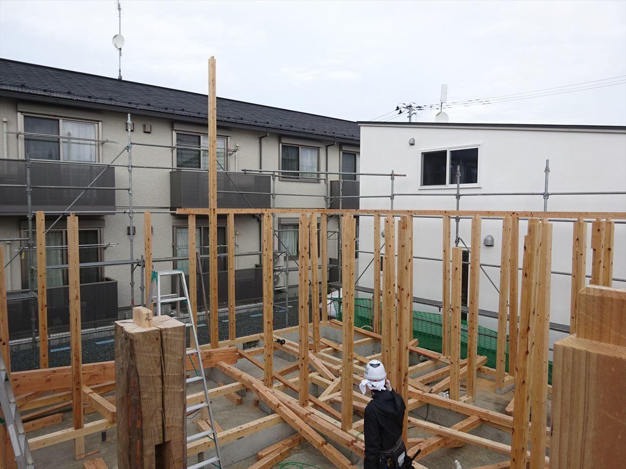 下太田 古材新築の家 建て方作業スタート!_f0105112_04292005.jpg