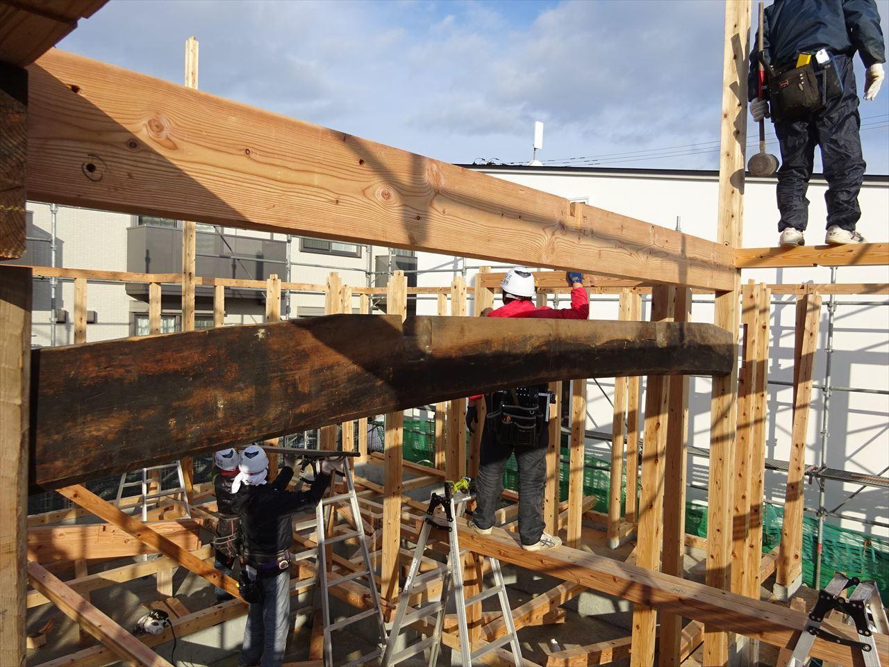 下太田 古材新築の家 建て方作業スタート!_f0105112_04355057.jpg