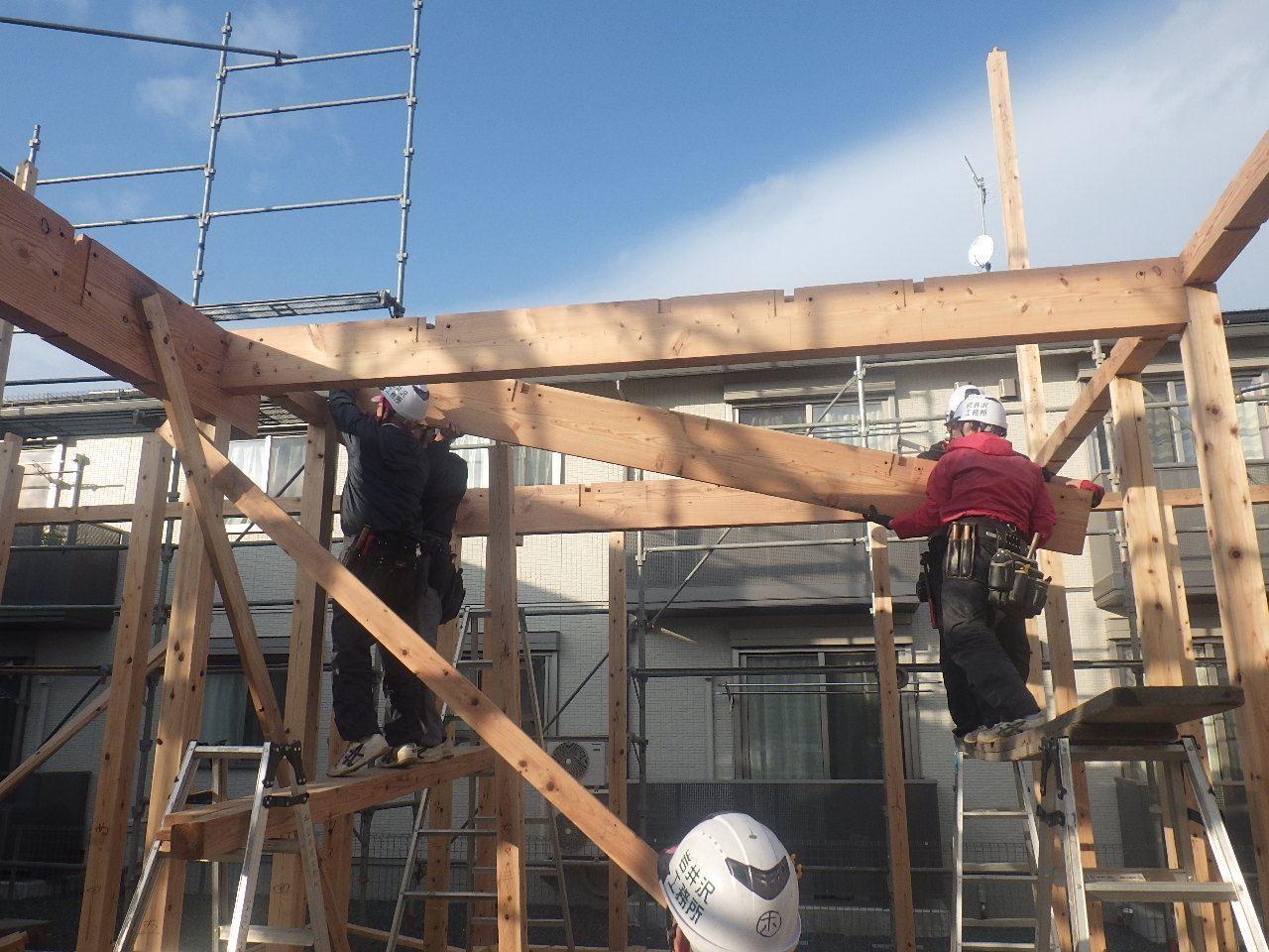 下太田 古材新築の家 建て方作業スタート!_f0105112_04355130.jpg
