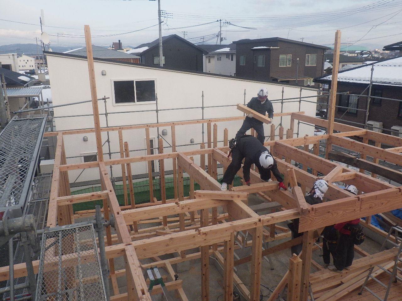 下太田 古材新築の家 建て方作業スタート!_f0105112_04425588.jpg