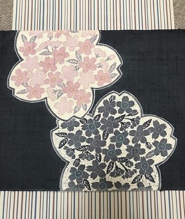 商品紹介・縞の御召+しょうざん生紬一珍染桜の帯。_f0181251_18413837.jpg