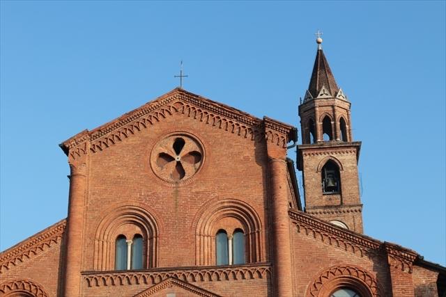 クレモナの状況と、サン・ミケーレ教会、製作記など。_d0047461_07335567.jpg