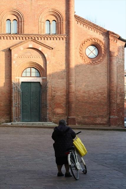 クレモナの状況と、サン・ミケーレ教会、製作記など。_d0047461_07343164.jpg