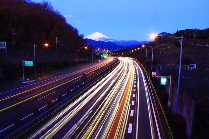 令和2年2月の富士 (26) 東名高速の夜明けの富士_e0344396_17024738.jpg