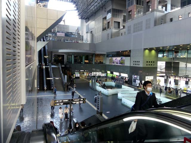 人がいない 京都駅_e0048413_21183572.jpg