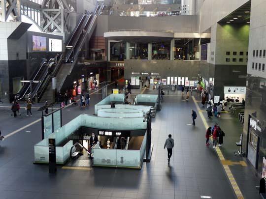 人がいない 京都駅_e0048413_21184555.jpg