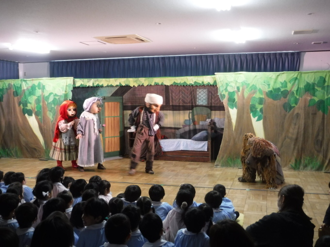 人形劇を行いました。_f0227821_18043999.jpg