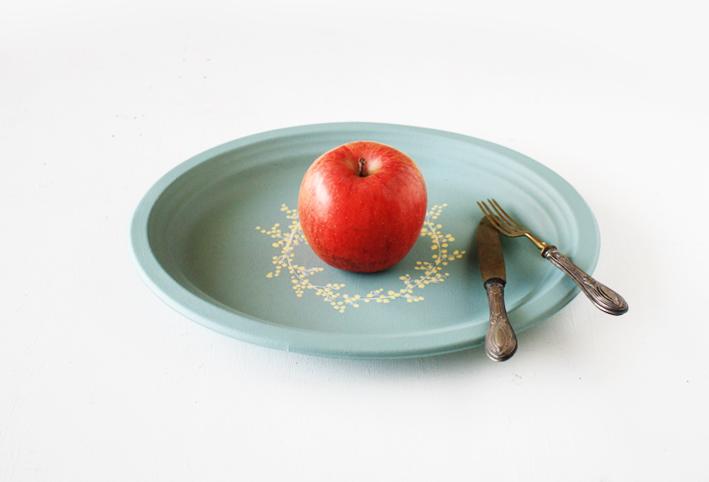 セリアの紙皿でつくる「ボタニカルプレート」_d0351435_09481159.jpg