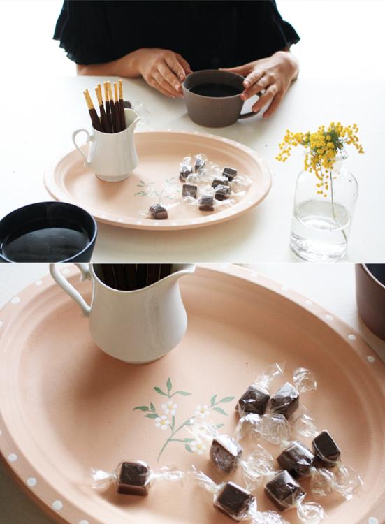 セリアの紙皿でつくる「ボタニカルプレート」_d0351435_09562510.jpg