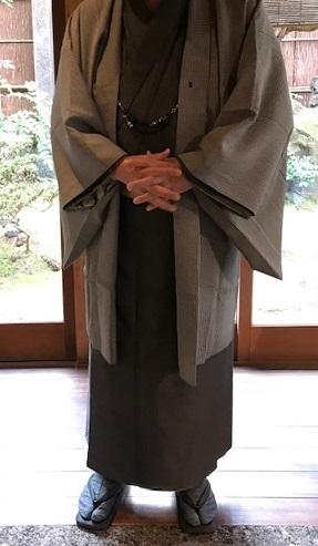 新年会最終・黒八丈に吉野間道の帯のご主人様。_f0181251_17391201.jpg