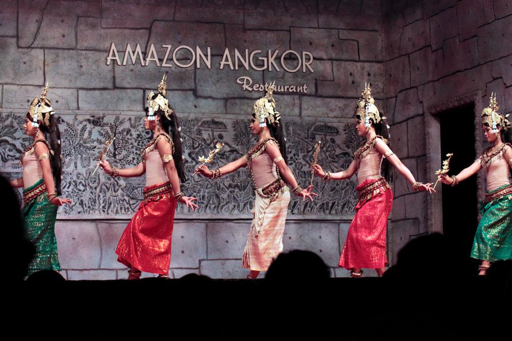 アプサラ -Siem Reap-2012-_d0011713_11433811.jpg