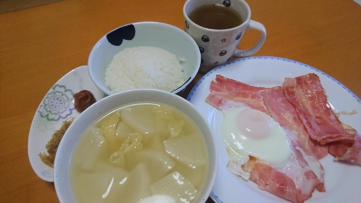 朝食、いただきます!まほろば茶で元気に!_b0106766_07305502.jpg