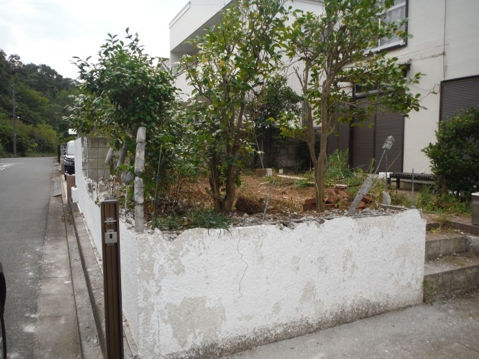 駐車場、屋根、玄関、室内 ~ 駐車場工事。_d0165368_06383677.jpg