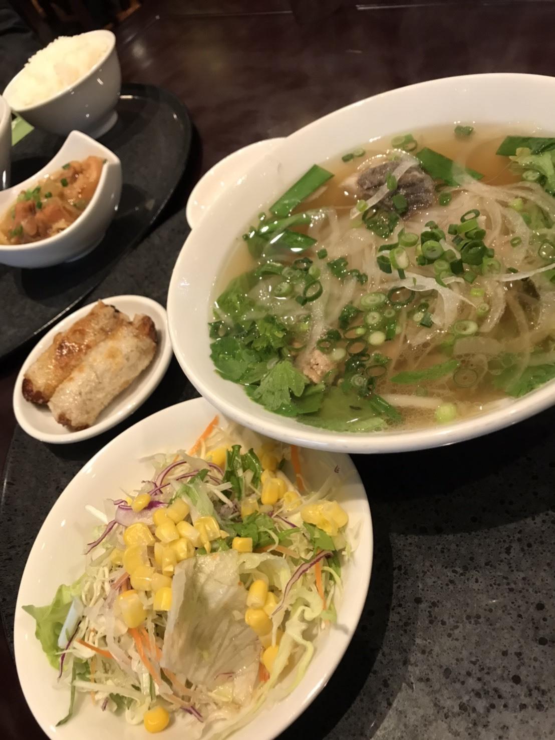 **息子おすすめのベトナム料理♫**_c0216472_10333662.jpg