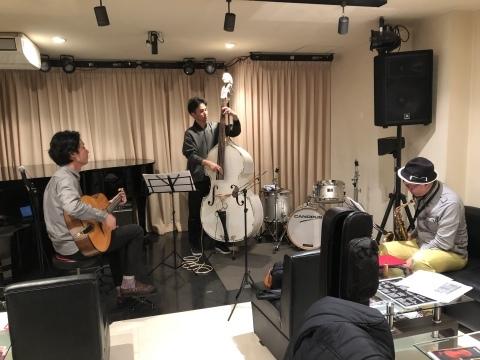 広島 ジャズライブカミン  Jazzlive Comin 本日3月8日日曜日のライブ_b0115606_13561064.jpeg