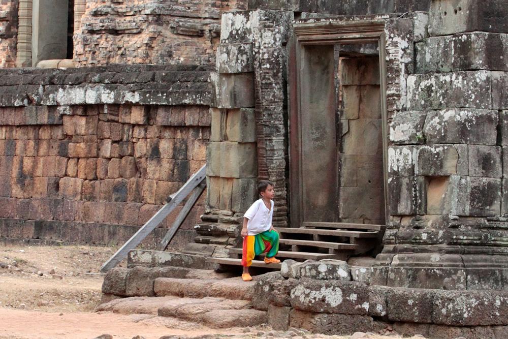 near Prasat But Chum -Siem Reap-2012-_d0011713_15281925.jpg