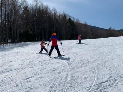 今日のスキー特別レッスンは検定対策!_a0150315_07340643.jpg