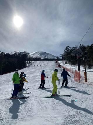 今日のスキー特別レッスンは検定対策!_a0150315_07451379.jpg