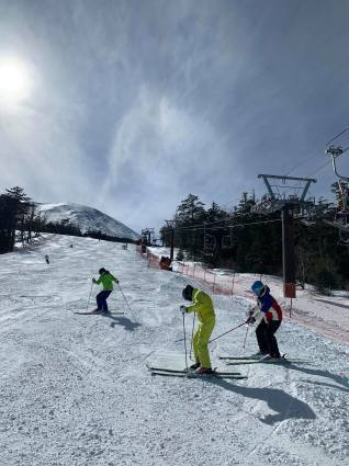 今日のスキー特別レッスンは検定対策!_a0150315_07492867.jpg