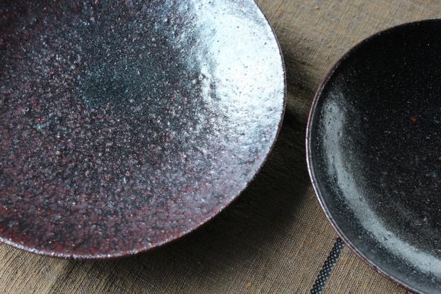山本源太 黒釉皿と鉢_c0237627_14184810.jpg