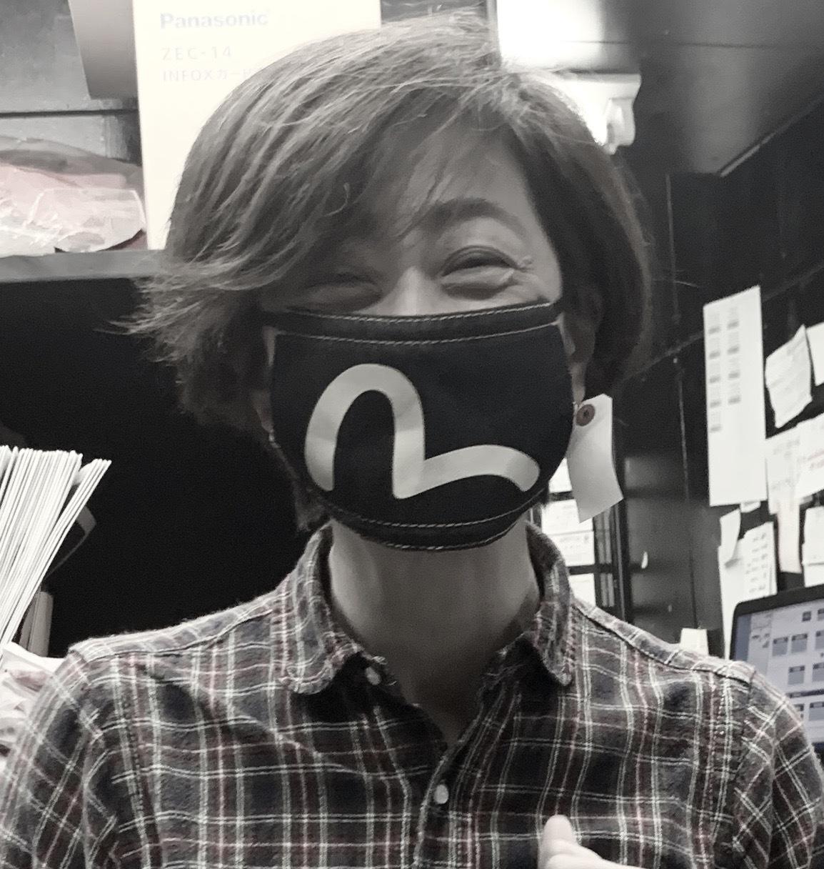 マスク マスクて みるますからす?_a0154045_07510893.jpeg