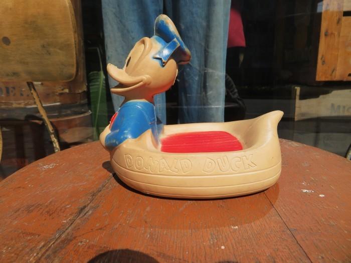 Vintage Donald Duck Soap Dish_e0187362_16500911.jpg