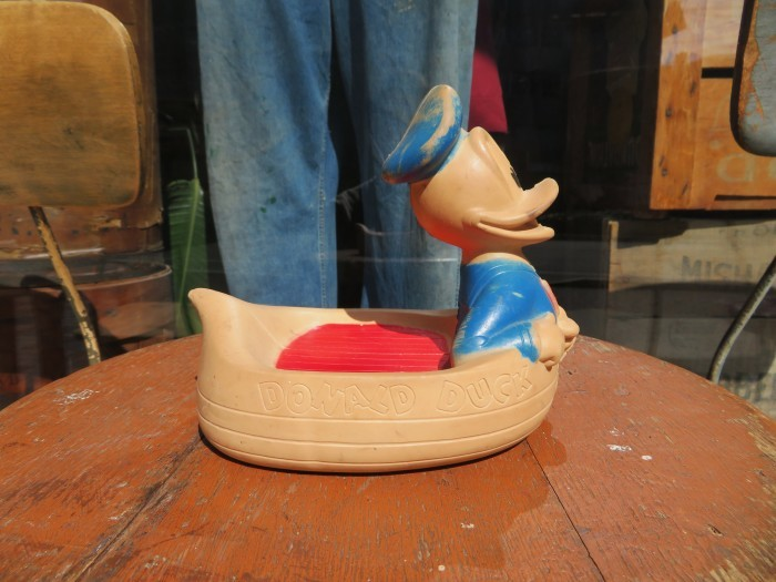 Vintage Donald Duck Soap Dish_e0187362_16505068.jpg